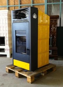 Savio-Stufa-Pellet-Aria4D-pannelli-lavorati-giallo